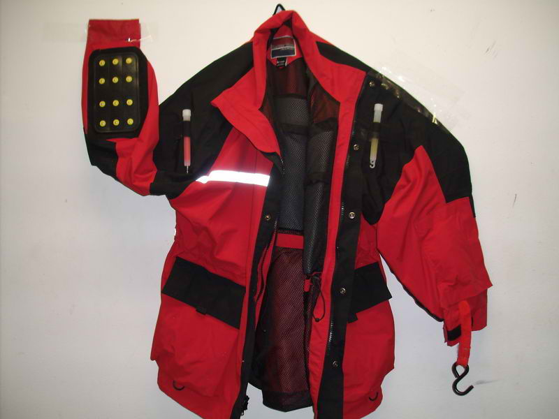Ice fishing safety jacket with floation